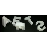 letras em 3D barata Leblon